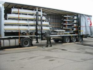 Flatbed 4x2m 2700kg